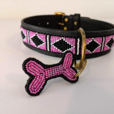 Perlehalsbånd Rafiki Pink fra Afrika er ægte håndværk. Fås hos Arthurs Barf i Hørsholm